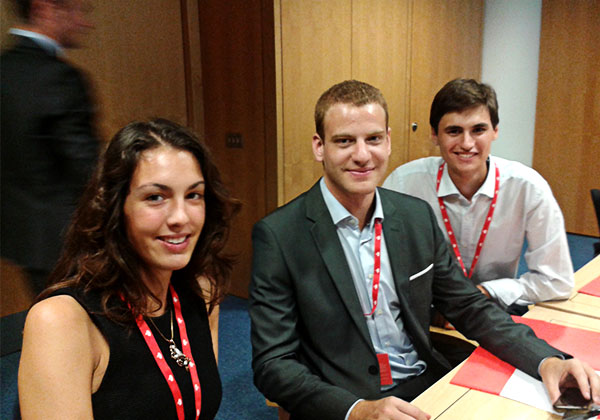 Students from the University of Valencia visit the Santander Head Office in London